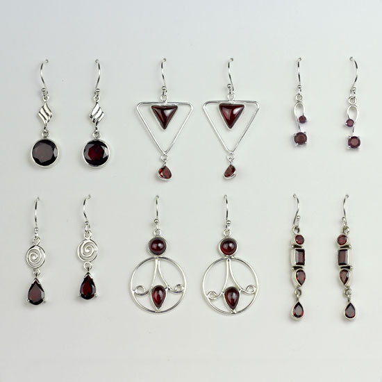 Garnet 6 Earrings Assortment