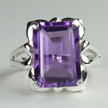 Amethyst Art Ring