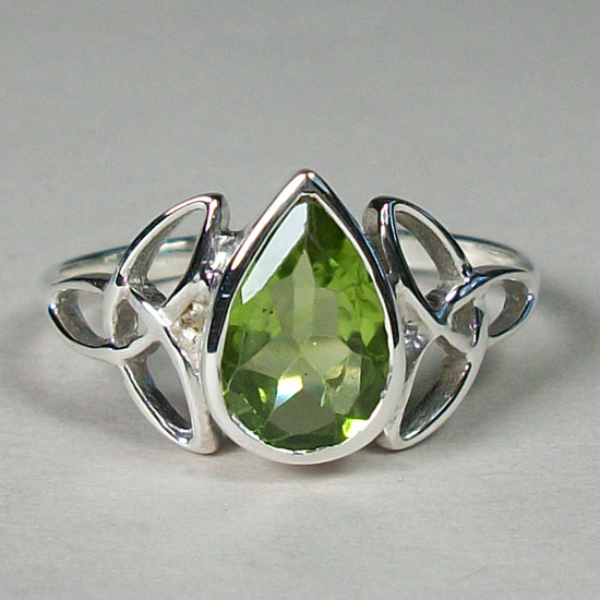 Peridot Celtic Triskelion Ring